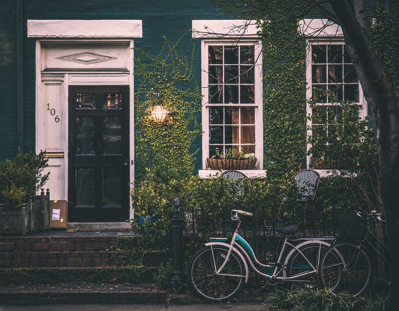 huis met fiets